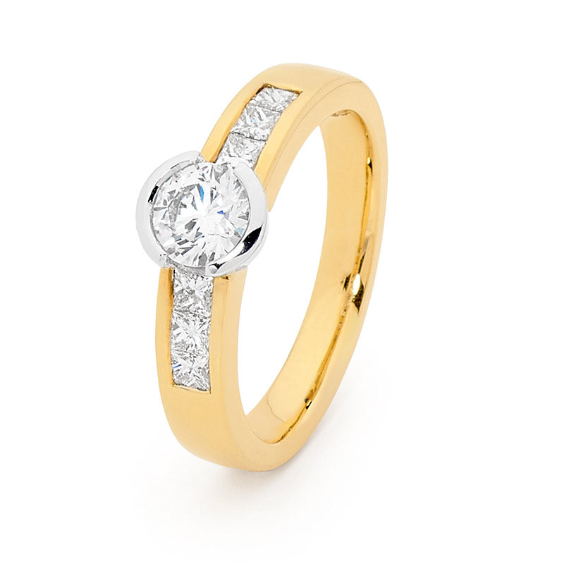 Semi-Bezel set Brilliant Cut Shoulder Solitaire Diamond Engagement Ring, 1.00ct TDW.