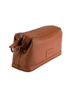 Pebble Grain Leather Wash Bag