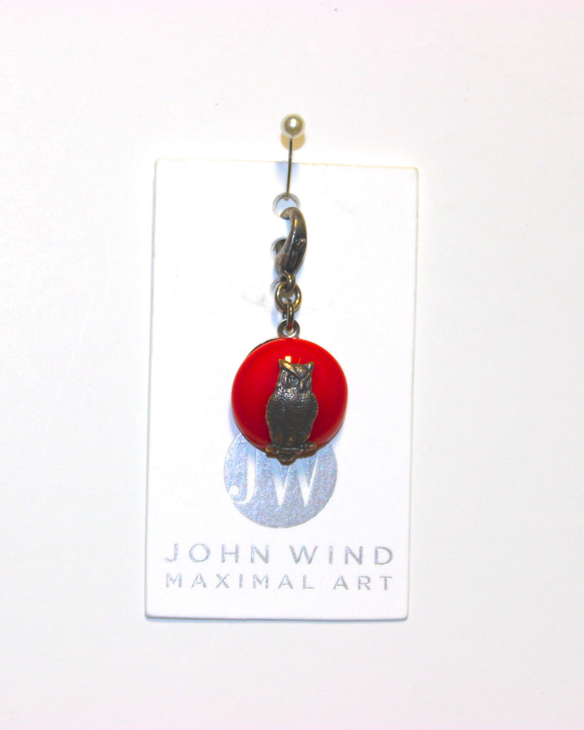 John Wind Charm: Gold Owl, Red Mini Critters!