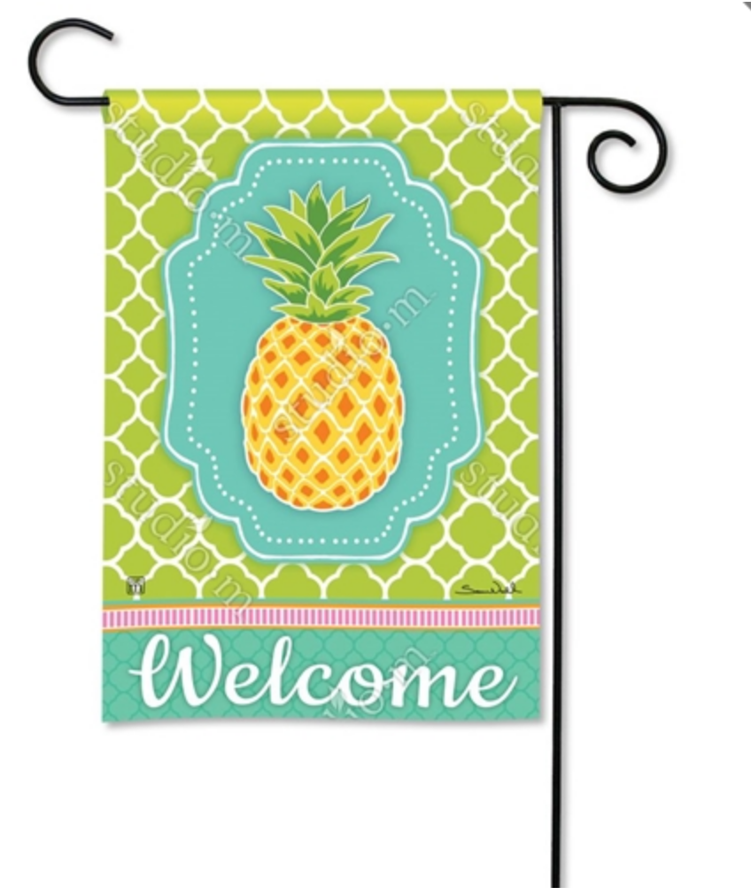 Garden Flag: Preppy Pineapple