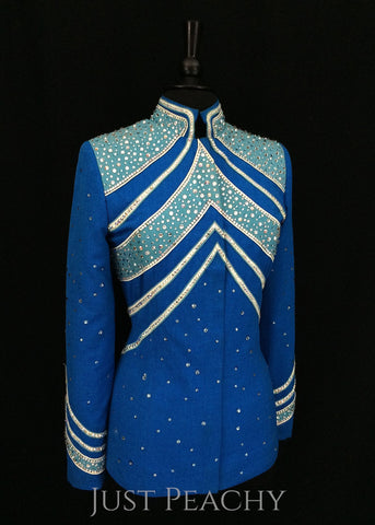 Berry Fit showmanship outfit in sky blue and aqua