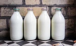 1 pint fresh milk in a glass bottle
