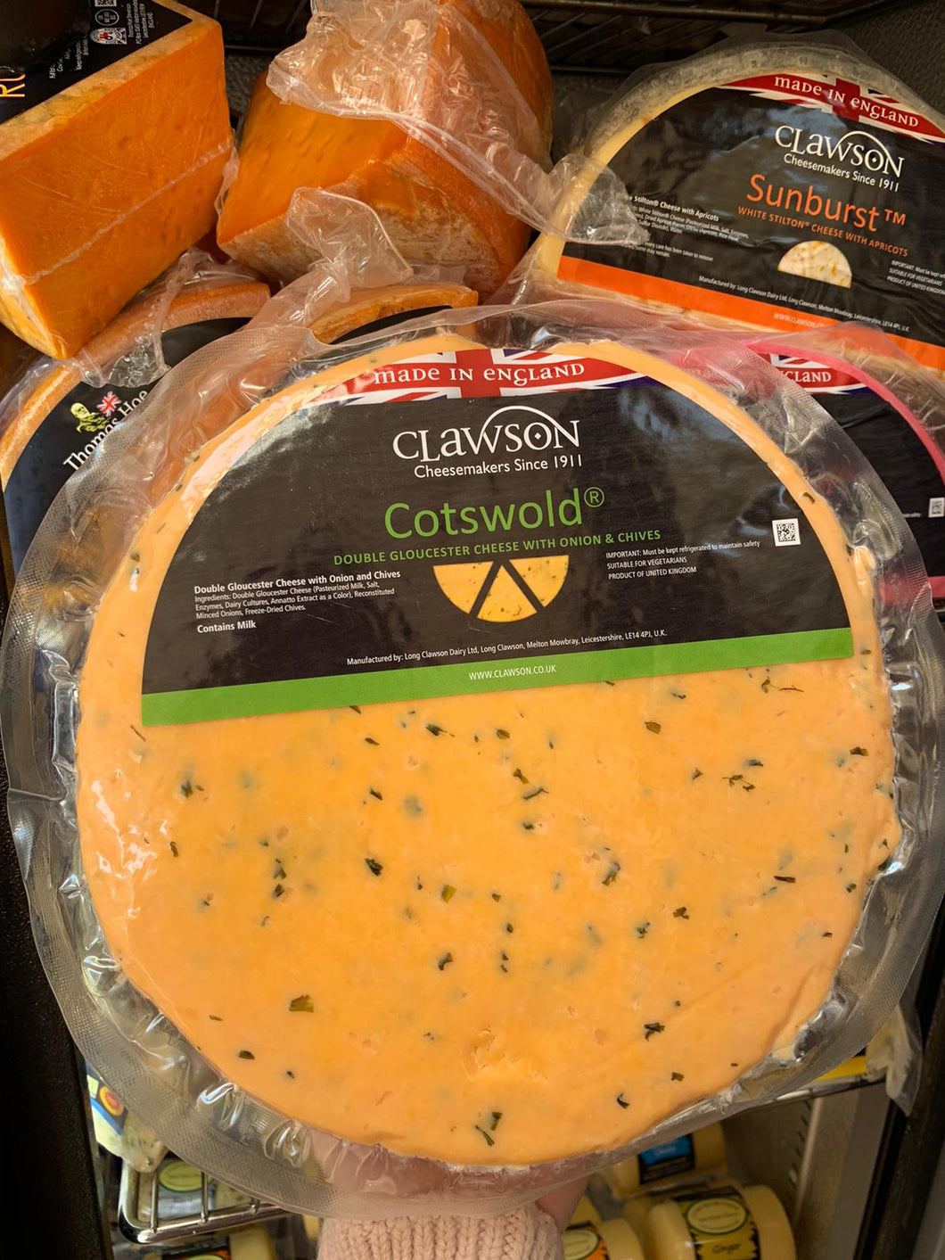 Clawson - Cotswold - Large Double Gloucester Cheese With Onions and Chives