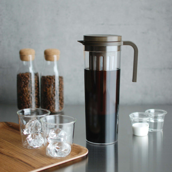 KINTO PLUG ICED COFFEE JUG BROWN