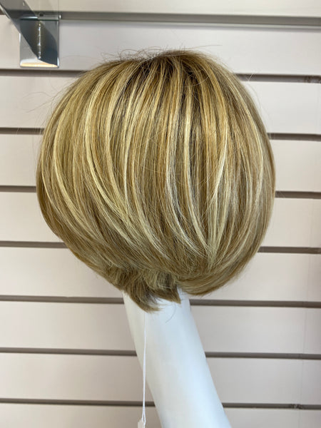 Hairdo Layered Bob