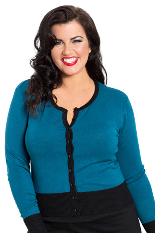 Voodoo Vixen - Chrissy Beautiful Knit Cardigan Plus Size - Egg n Chips London