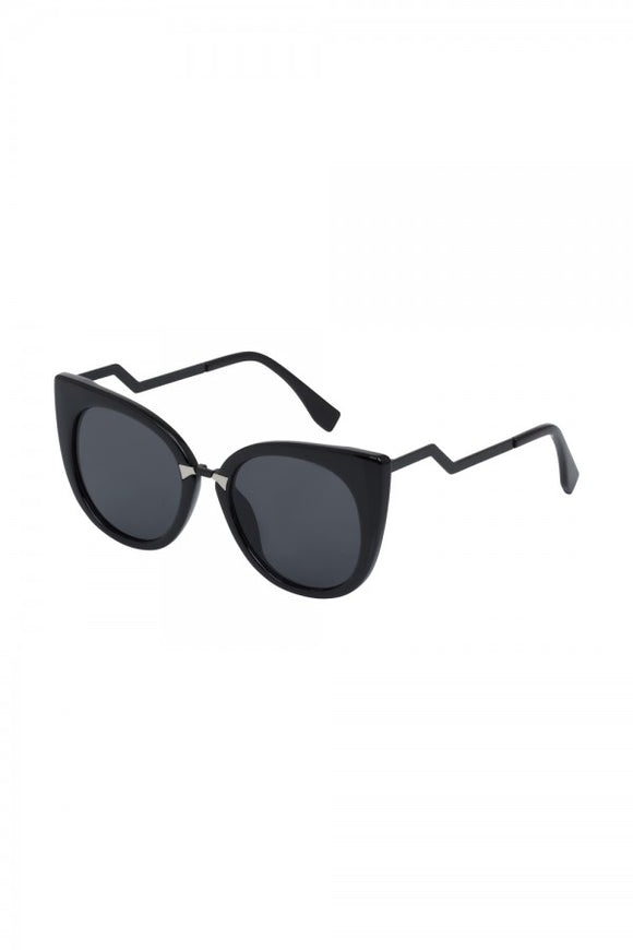 Voodoo Vixen - Cat Eye Sunglasses Black - Egg n Chips London