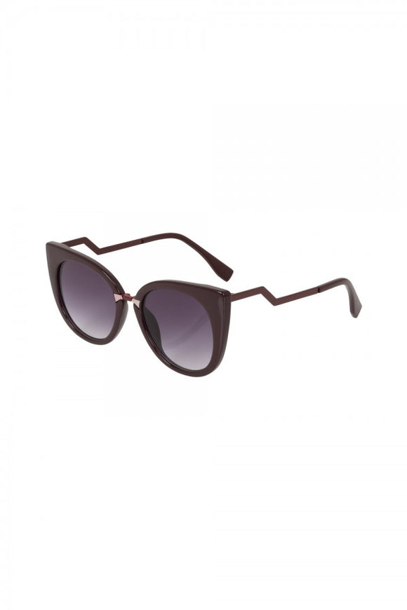 Voodoo Vixen - Cat Eye Sunglasses Burgundy - Egg n Chips London