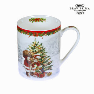 Bravissima Kitchen - Christmas White Porcelain Mug - Egg n Chips London