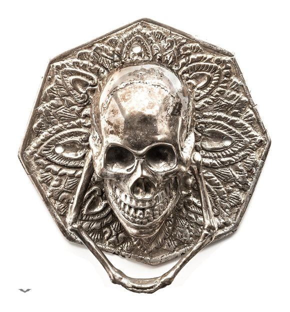 Queen of Darkness - door handle with skull