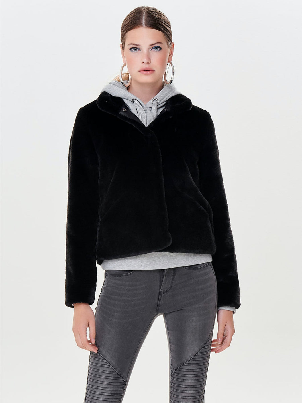 Vida Faux Fur Coat - Black / XS - entre2016
