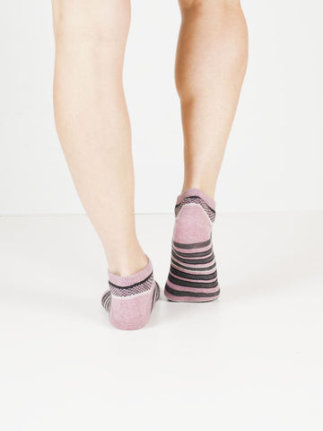 Women's Diamond Checks + Stripes Cotton Shortie Socks | mauve