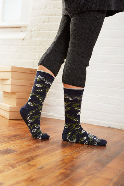 women's floral wool + cashmere crew length socks in navy