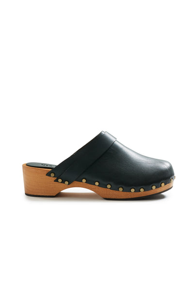 lisa b. low heel leather clogs in ivy