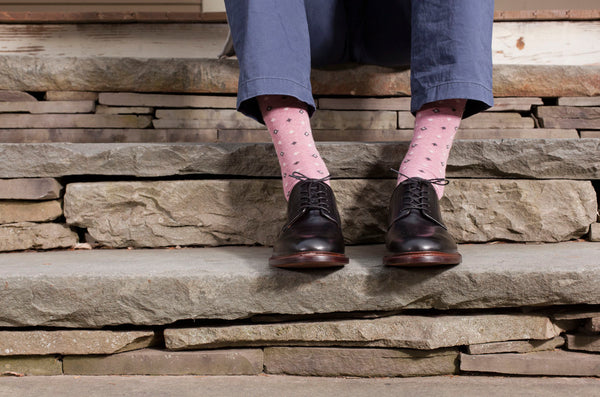 lisa b. Mens Cotton Diamond Socks in Blush