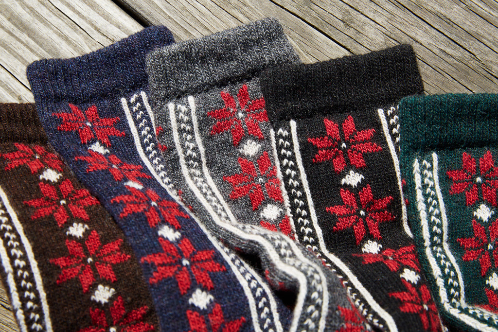 lisa b. new wool cashmere poinsettia crew socks