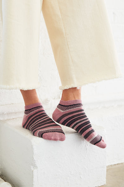 women's checks + stripes cotton shortie socks mauve
