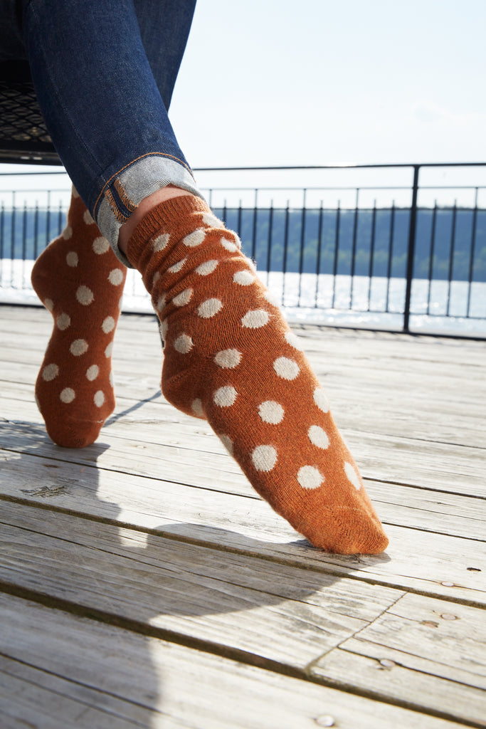 lisa b. wool cashmere toffee classic dot crew socks