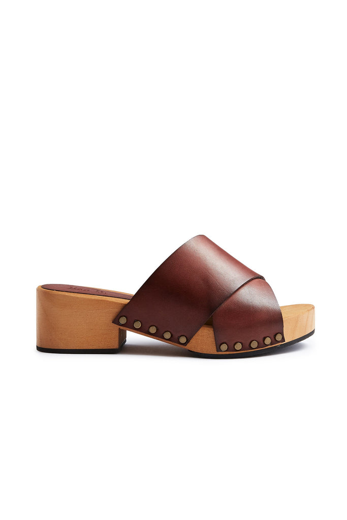 criss-cross leather low heel clogs in acorn