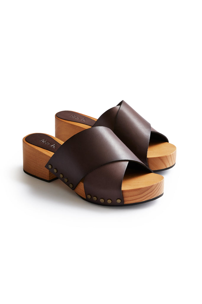 criss cross leather low heel clogs in dark brown