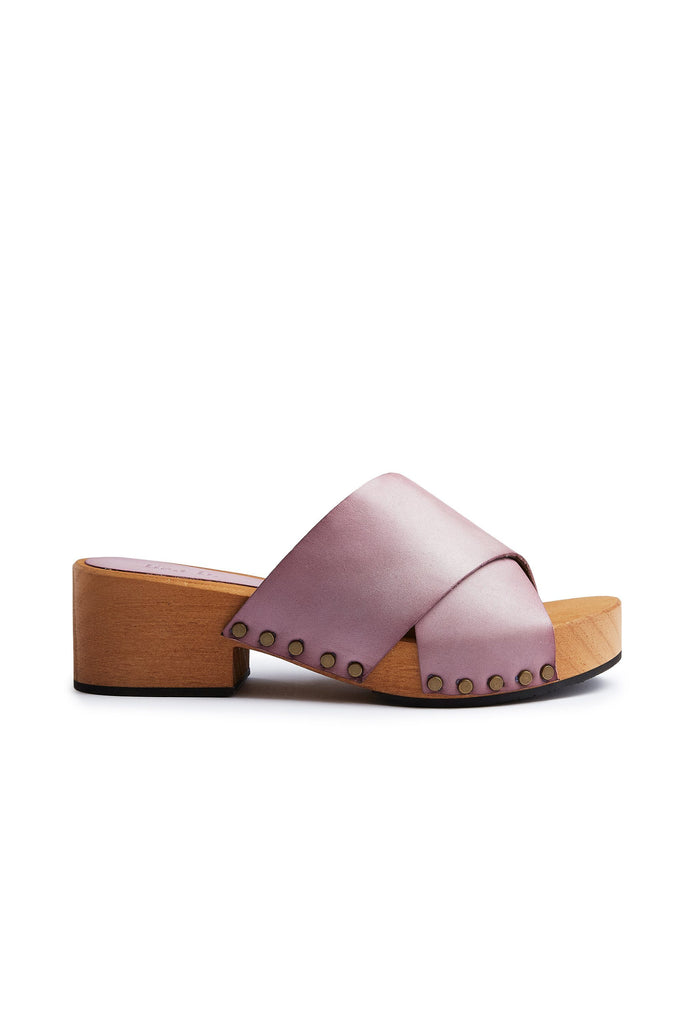 criss-cross slide clogs in viola