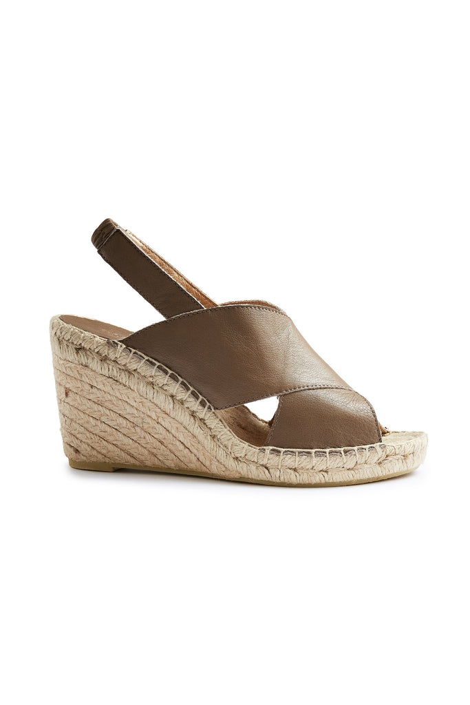 cross-over wedge espadrille in clay