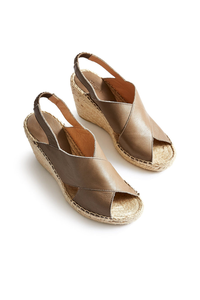 women's leather cross-over wedge espadrille in clay