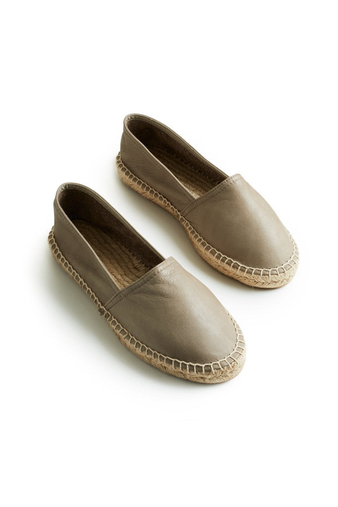 women's leather classic espadrille in clay