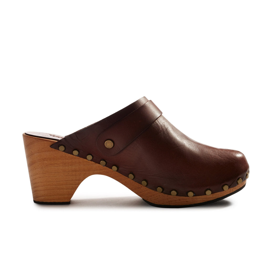 High heel wood bottom clog with acorn leather upper