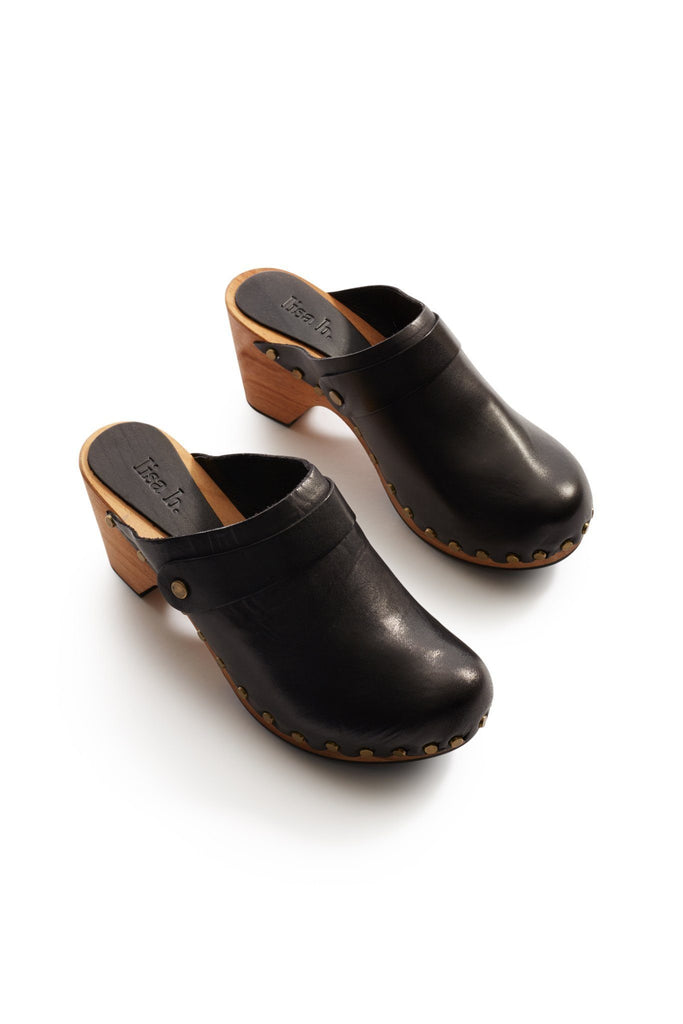 classic high heel leather clogs in black
