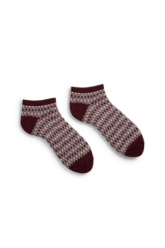 men's burgundy diamond and birdseye cotton shortie length socks