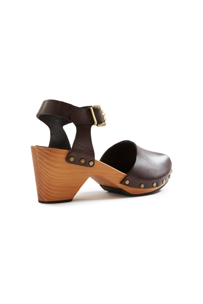 leather peep toe clogs in dark brown