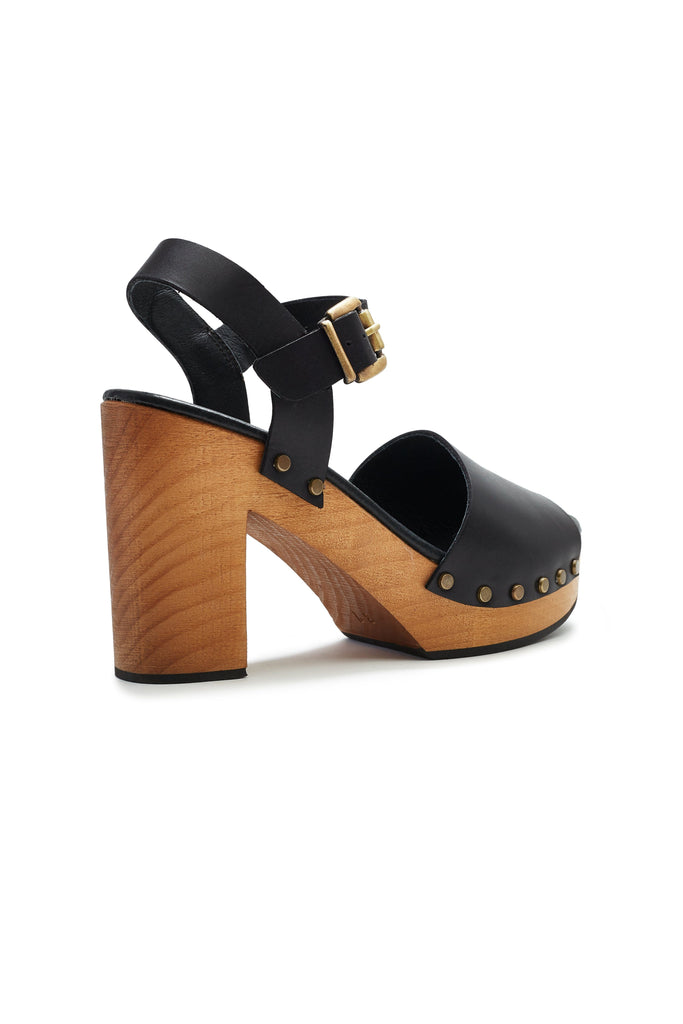 platform leather clogs in black