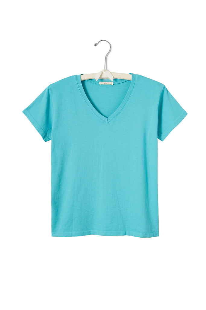 women's cotton v-neck t-shirt in pool
