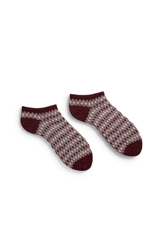 women's burgundy diamond + birdseye cotton shortie length socks