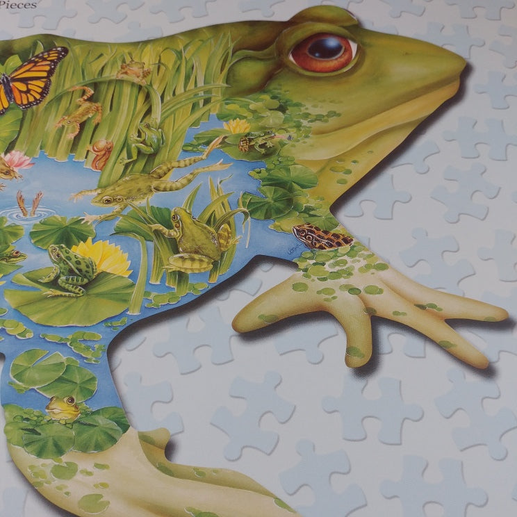 Prince of the Pond, shaped frog puzzle, Used, 1000 pcs