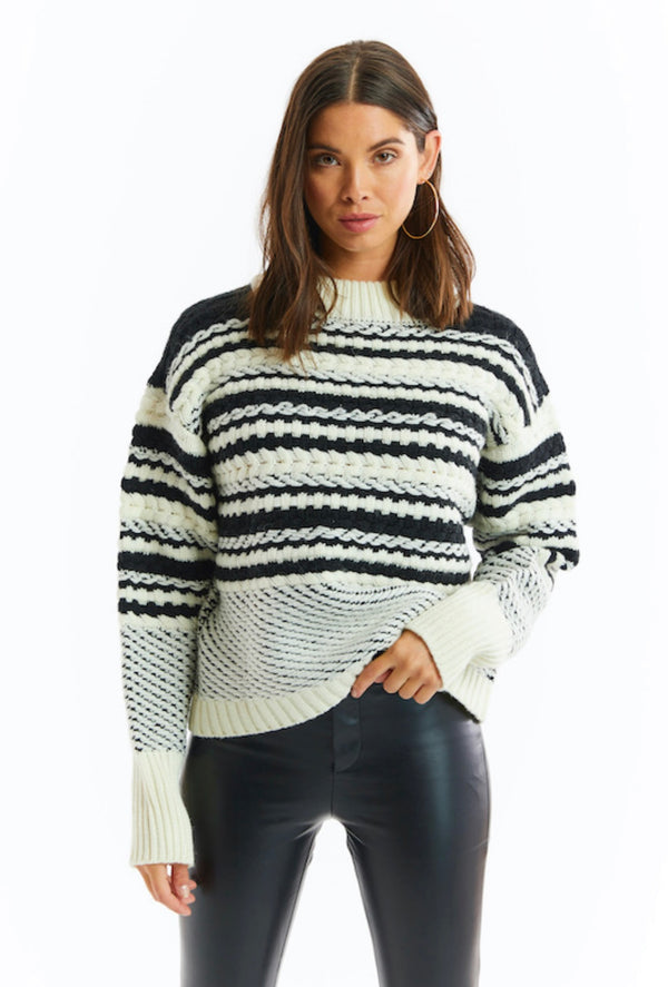 Cable Knit Pullover Blk/Ivory