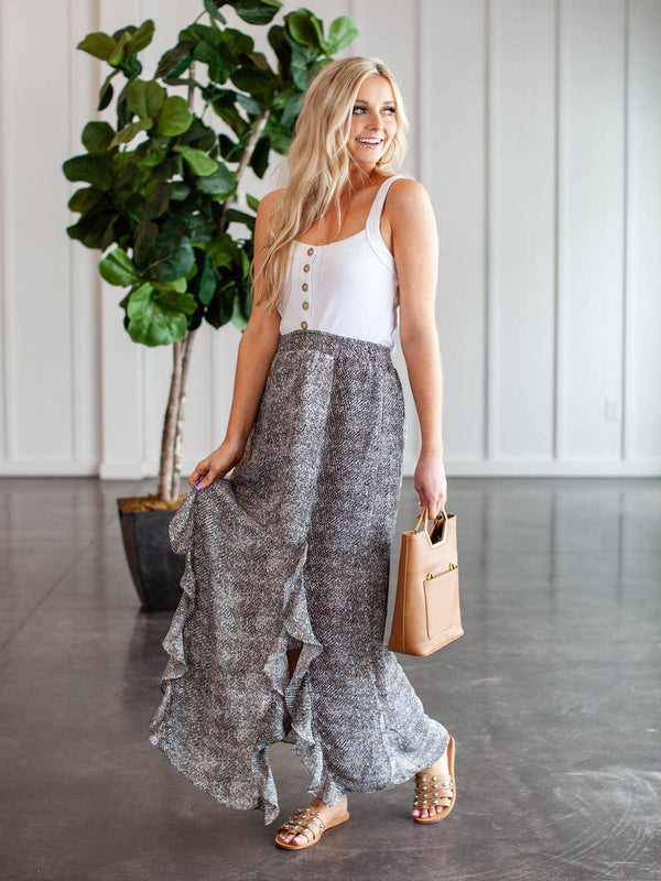 Never Ends Skirt Taupe