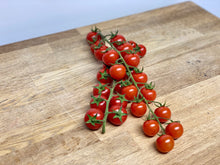 Load image into Gallery viewer, Pomodorini ciliegino - Cheery tomatoes 500gr.