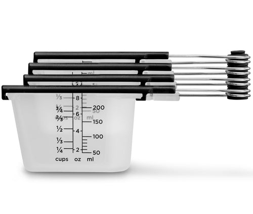 Levups: Scrape Level Measuring Cups