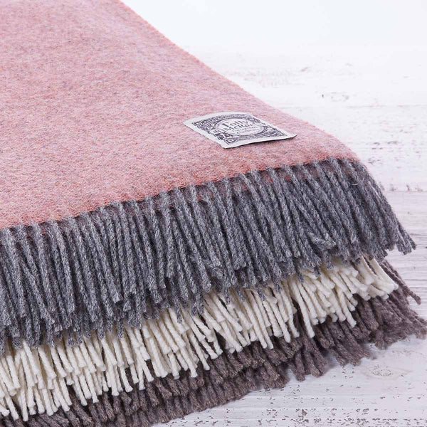Chunky Wool Throws & Blankets