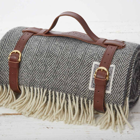 Picnic Rug / Chunky Blanket - Warm Grey - Tolly McRae