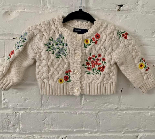 Gap embroidered cardi 0-3m