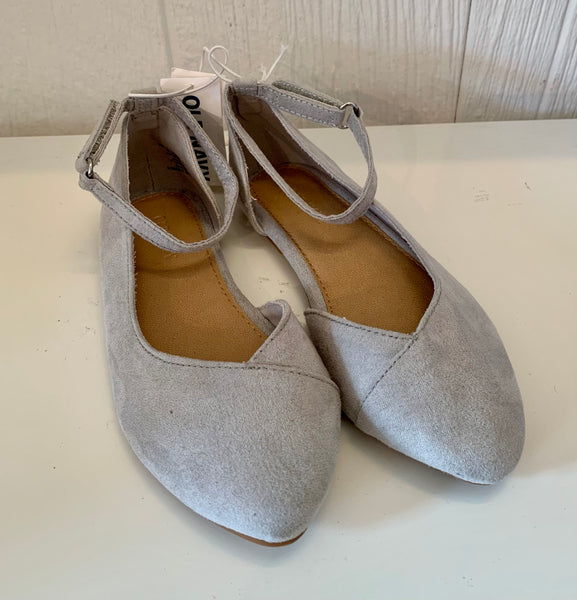 Old Navy earl grey pointed suede flats 10