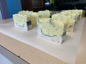 All Natural Lemon Poppyseed Soap - Butlers Body Butters