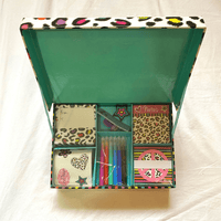 Love and Peace Staionery Boxed Set - Dear Books