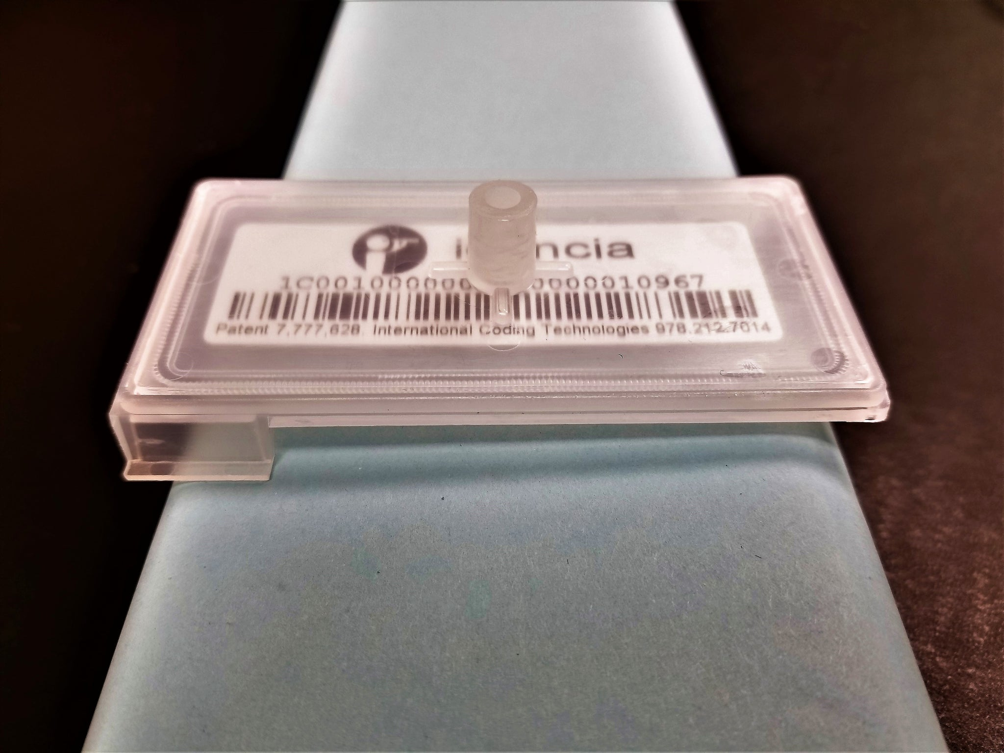 Idencia Cast-A-Code® Embedded Tags
