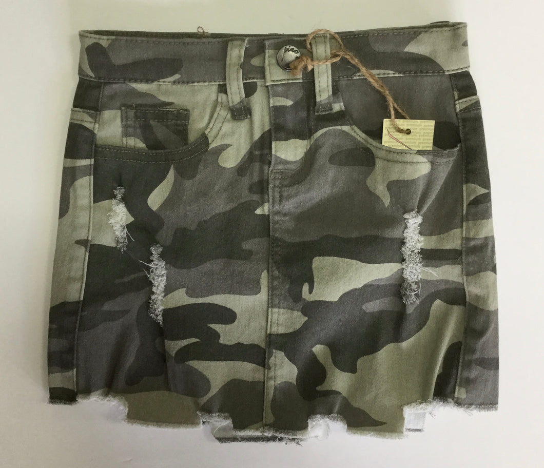 Pinc Camo Distressed Skirt