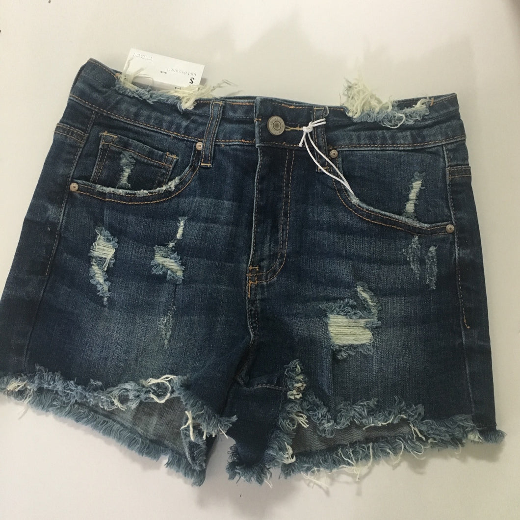 Dark Wash Freyed Mid Rise Short