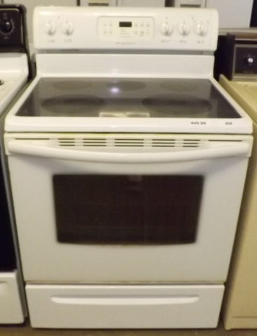 i939 Frigidaire White Electric Stove